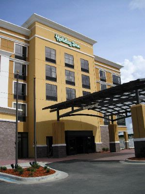 Holiday Inn Pensacola University Area 1 of 4