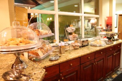Hot Breakfast Bar - 6 Am - 10 Am Daily 5 of 10
