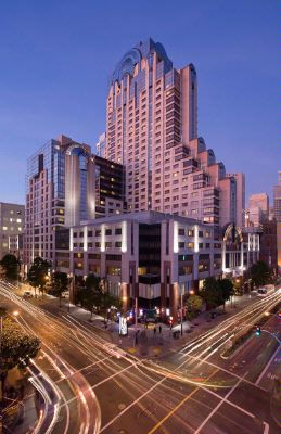San Francisco Marriott Marquis Exterior At Dusk 31 of 31