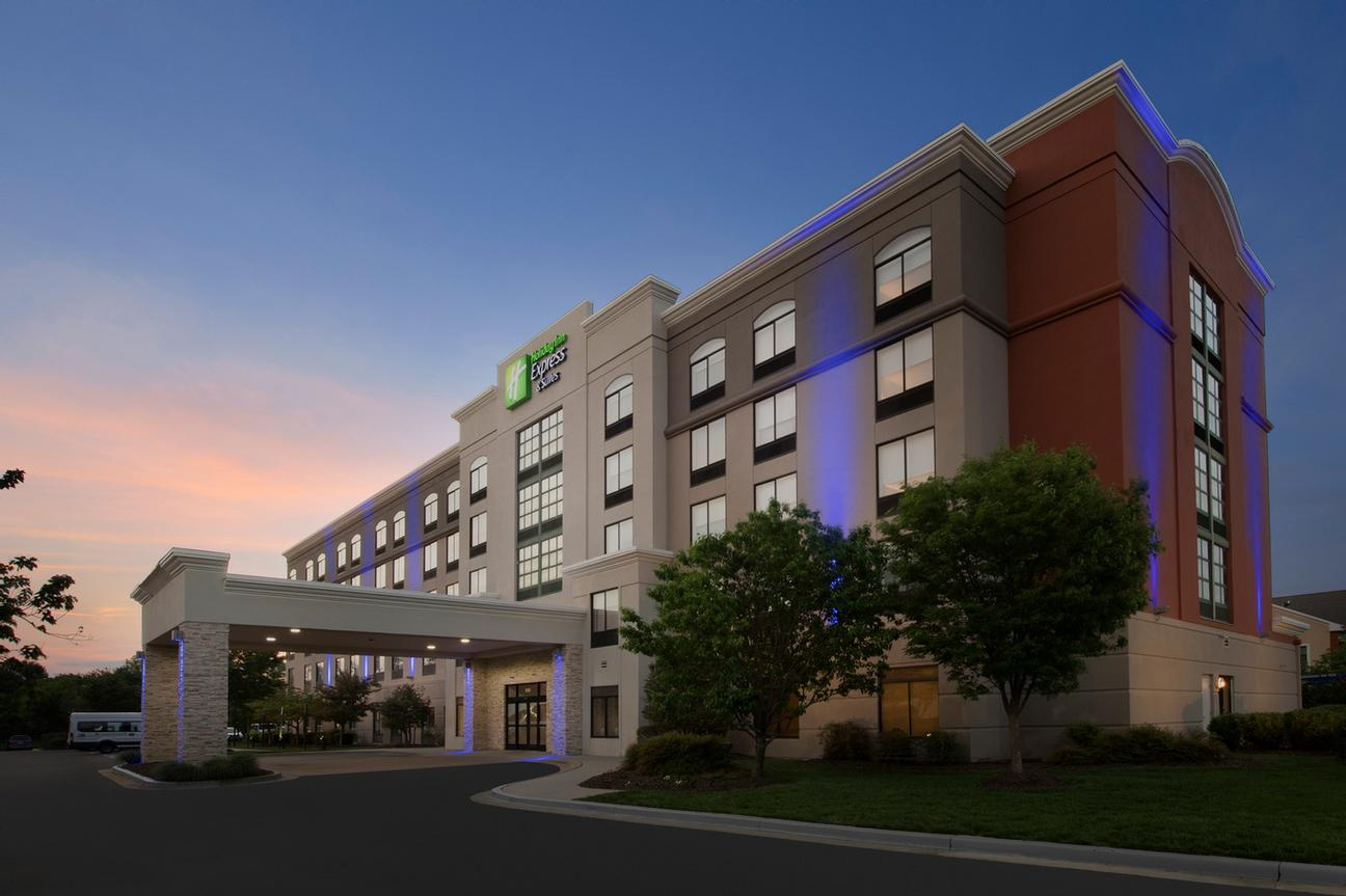 Holiday Inn Express Suites Baltimore Bwi Airport North 1510 Aero Dr Linthi Heights Md 21090