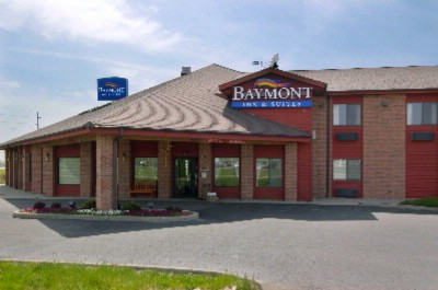 Baymont Inn & Suites Boone Ia 1 of 9