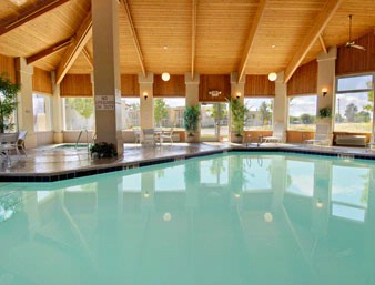 Indoor Heated Pool /spa 7 of 8
