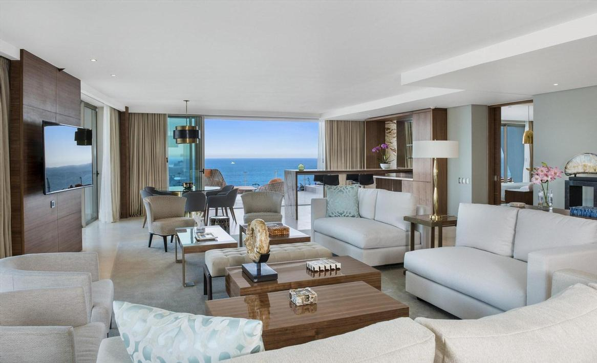 Imperial Suite -Two Bedrooms And Separate Living Area – Private Plunge Pool On The Terrace – Living Area With Sofa – Dining Area-Bathroom With Jacuzzi-Butler Concierge 12 of 31