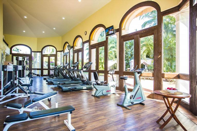 Fitness Center -Our Fitness Center Is Conveniently Located Next To The Lobby And Is Equipped With Modern Fitness Equipment And Garden And Pool Views Can Be Enjoyed While Working Out. 30 of 31