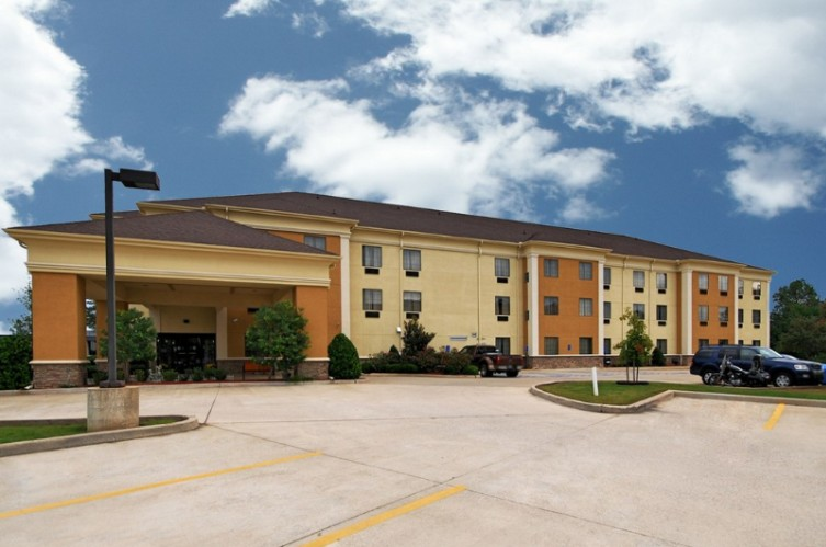 Comfort Suites Shreveport 1 of 24