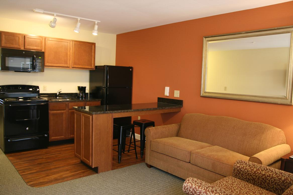 Affordable Suites Mooresville / Lake Norman 1 of 6