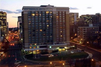 Holiday Inn Rosslyn at Key Bridge 1 of 31