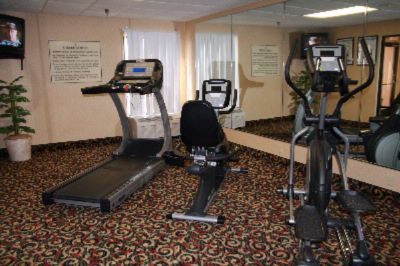 Fitness Center With Cozy Suana 12 of 20