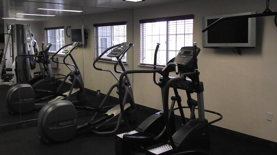 Exercise Room 10 of 18
