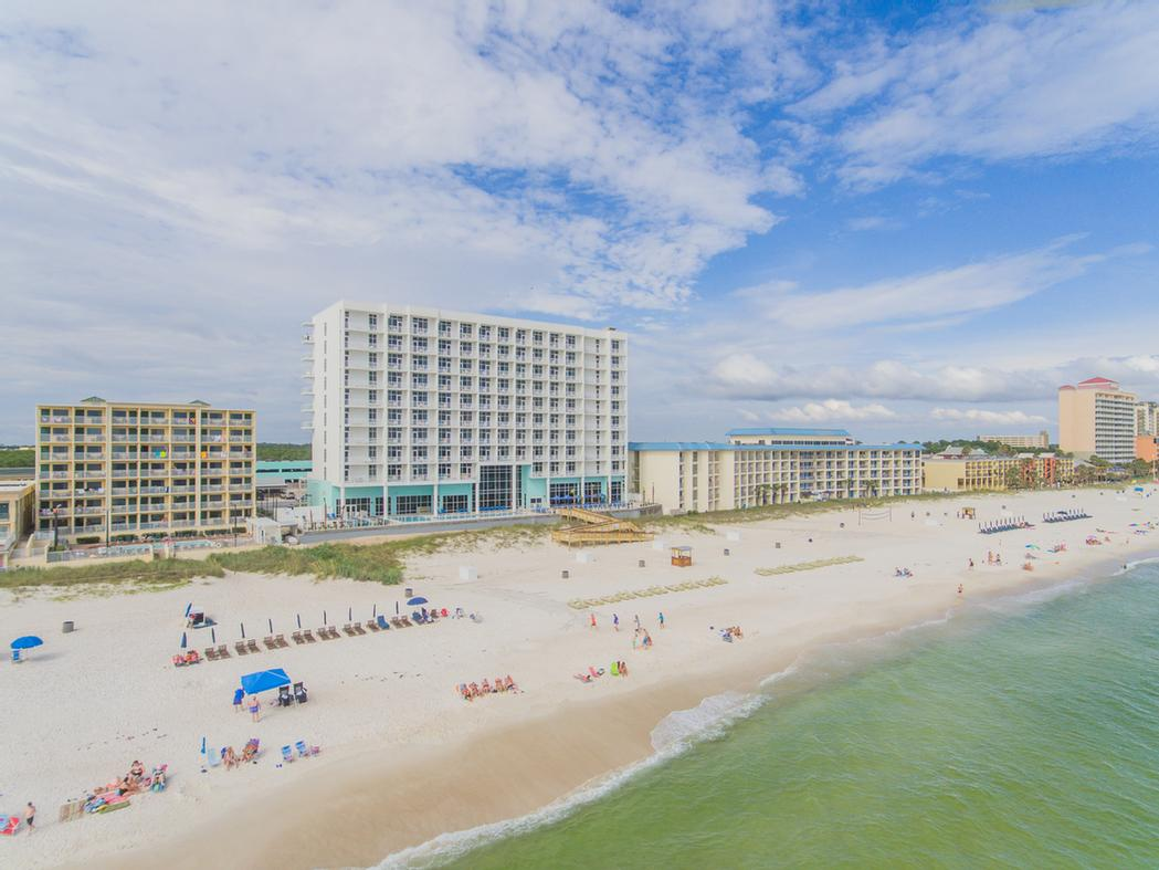 Hampton Inn & Suites Panama City Beach / Beachfront 1 of 8