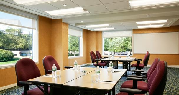 Iacc-Approved Executive Meeting Center Room Set Pod Style 30 of 31