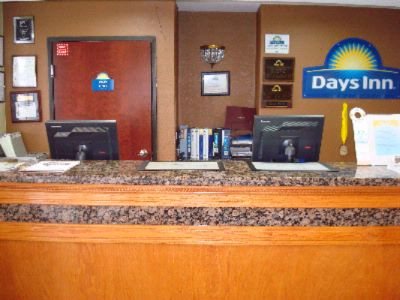Days Inn Sacramento Downtown 1 of 9