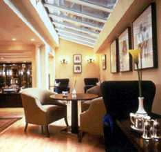Langham Club Lounge 6 of 10