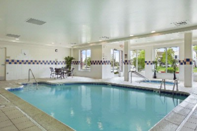 Swimming Pool And Jacuzzi/whirlpool Spa 12 of 16