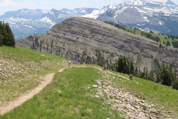Summer Trails For Hiking & Biking 7 of 10