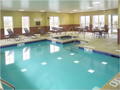 Indoor Pool 5 of 16