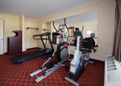 Exercise Room With Cardio Equipment 4 of 10