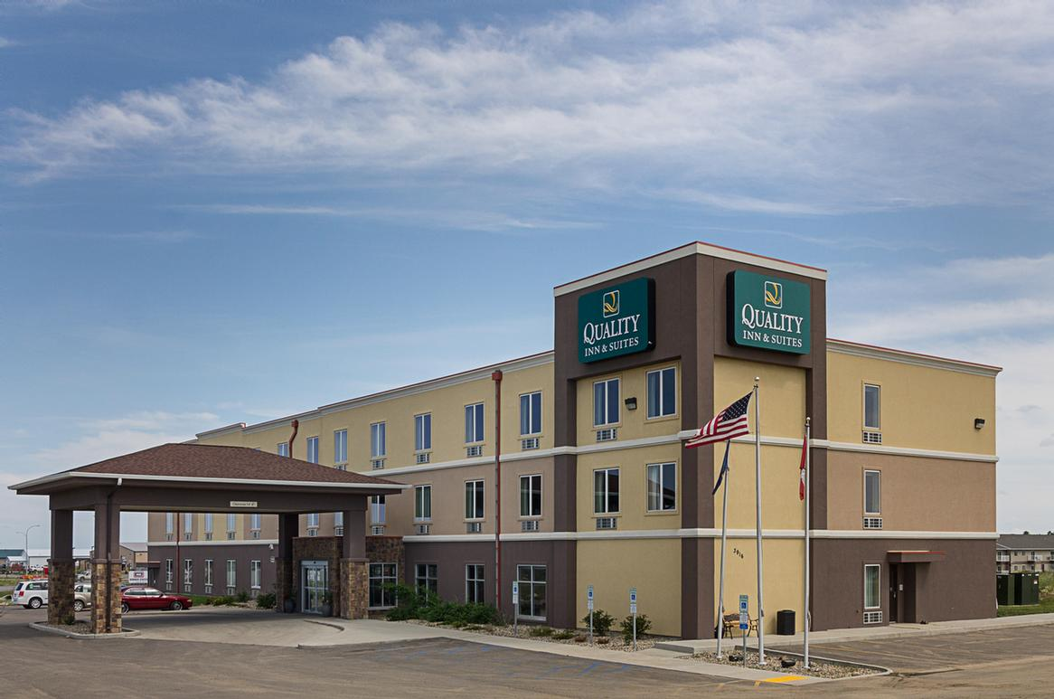 Quality Inn & Suites 1 of 5
