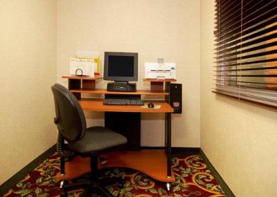 Business Center With High-Speed Internet Access 17 of 17