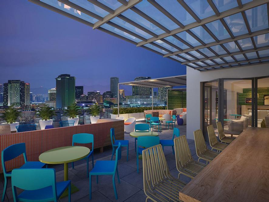 Take In A New Orleans Sunset And Maybe Some Live Entertainment While You Mix And Mingle With Your Friends And Family 7 of 8