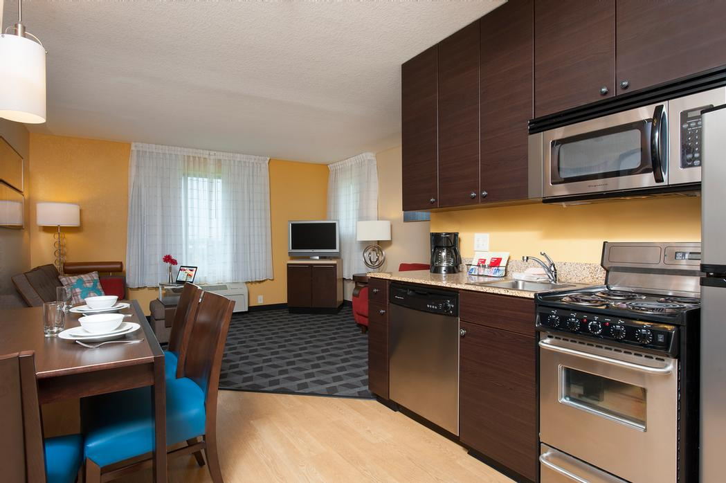 2 Bedroom Suite Kitchen/living Rm 6 of 13
