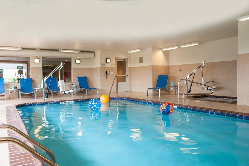 Indoor Pool & Whirlpool 7 of 13