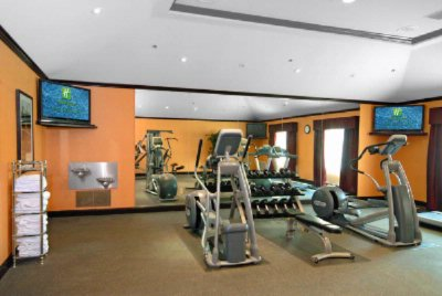 Fitness Center With Precor Equipment 9 of 17
