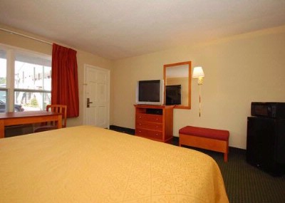 Room With King Size Beds 15 of 16