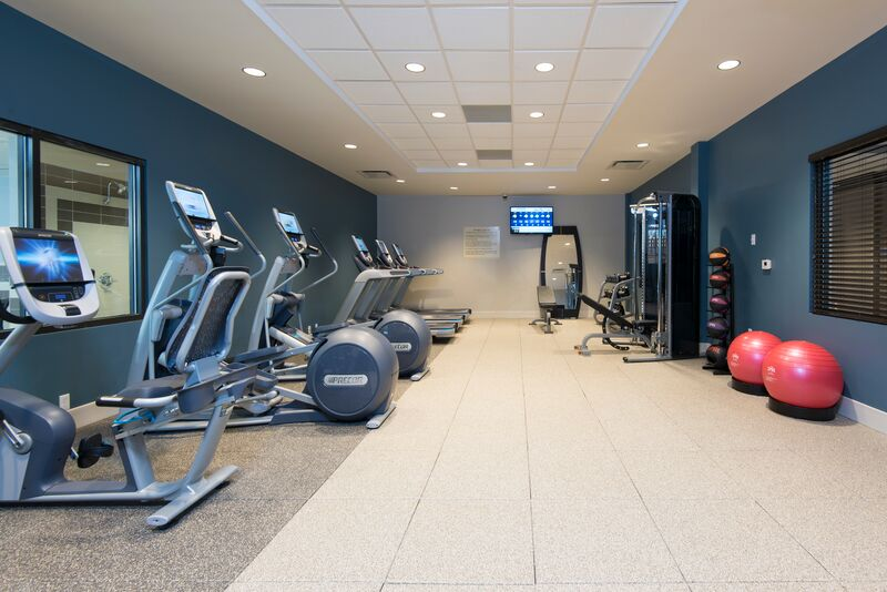 Fitness Room 11 of 25