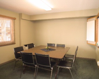 Meeting Room 4 of 7