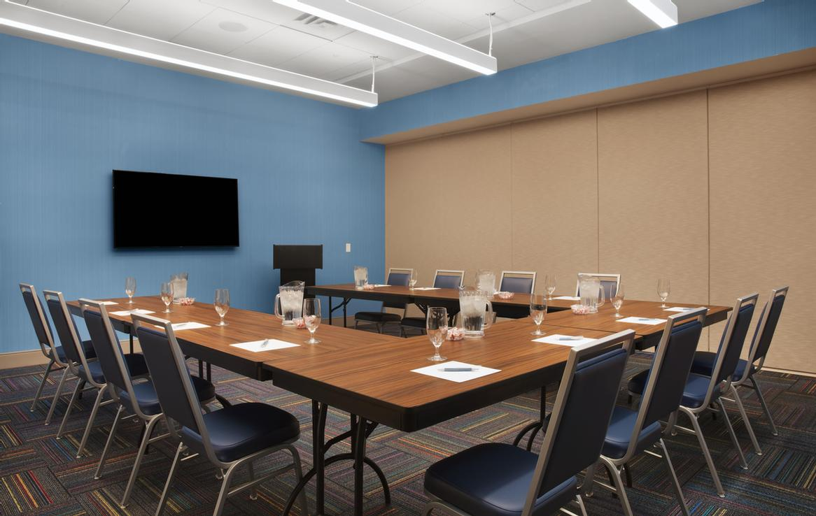 Pompano Meeting Room 15 of 16