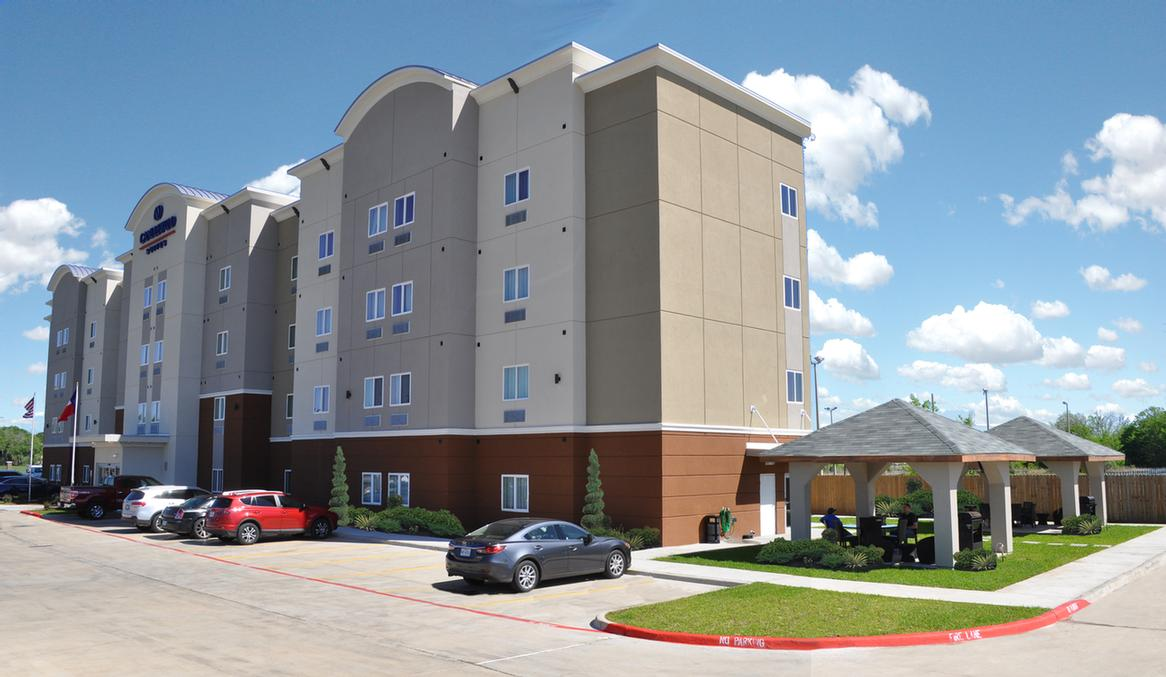 Candlewood Suites Bay City 1 of 16