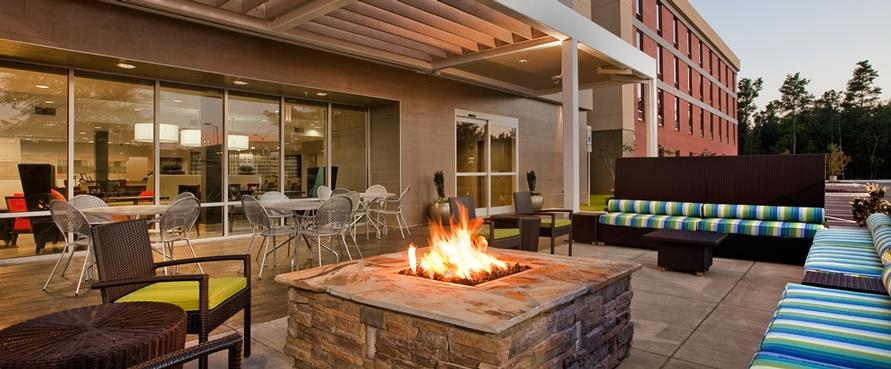 Outdoor Patio With Firepit 4 of 4
