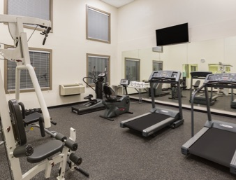 Fitness Room 20 of 32