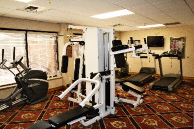 24-Hour Fitness Room 5 of 14