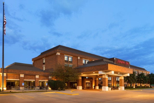 Image of Hampton Inn West Des Moines