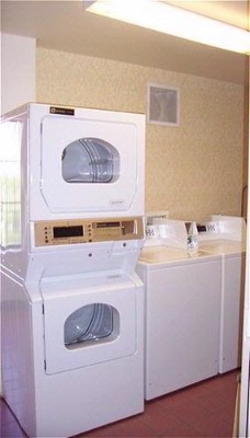 On Site Laundry Facilities 7 of 13