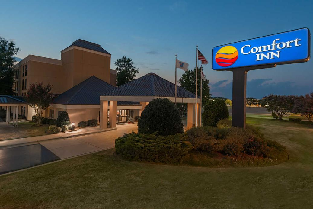 Image of Comfort Inn Near Fort Bragg