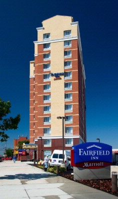 Fairfield Inn by Marriott / Manhattan View Hotel Exterior