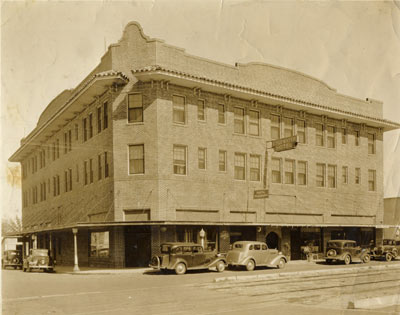 The Edgewater in the 1930s. 3 of 11