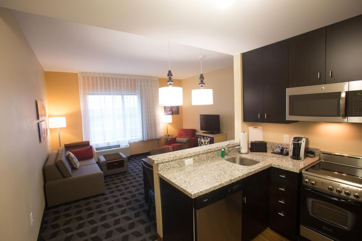townhouse downtown us extended hotel stay deals lincoln ne room more about in