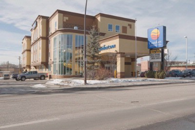 Comfort Inn Suites University Calgary 2369 Banff Trail Nw Ab T2m4l2