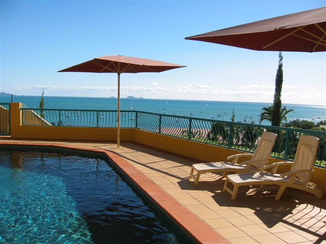 Front Resort Pool Looking Out To The Whitsunday Islands 3 of 6