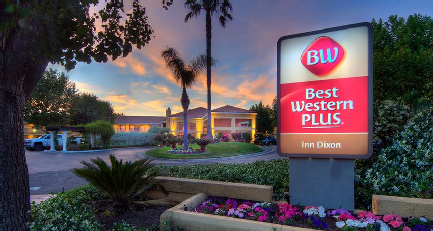 Best Western Plus Dixon Davis 1 of 11
