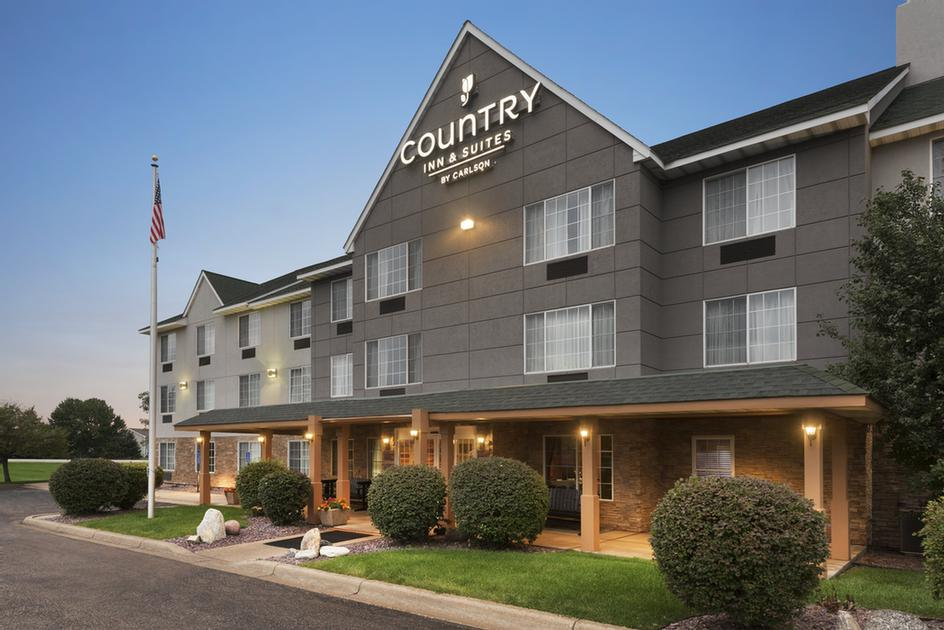 Country Inn & Suites Minneapolis Shakopee 1 of 15