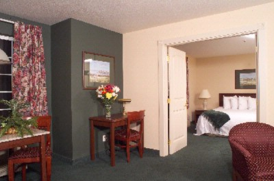 2-Room Suite 6 of 15