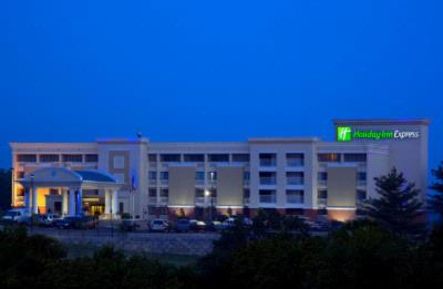 Holiday Inn Express Cincinnati West 1 of 29