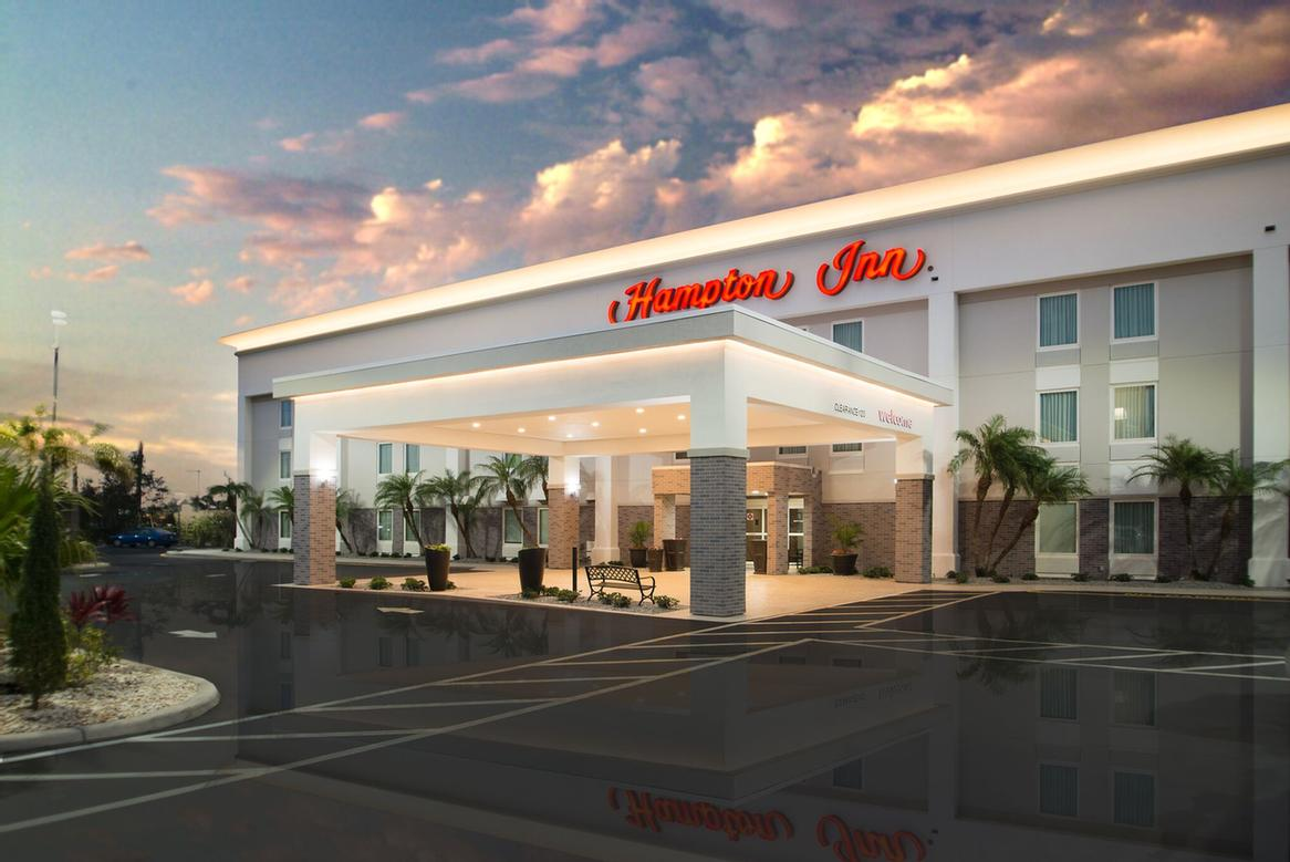 Hampton Inn Port Charlotte / Punta Gorda 1 of 14