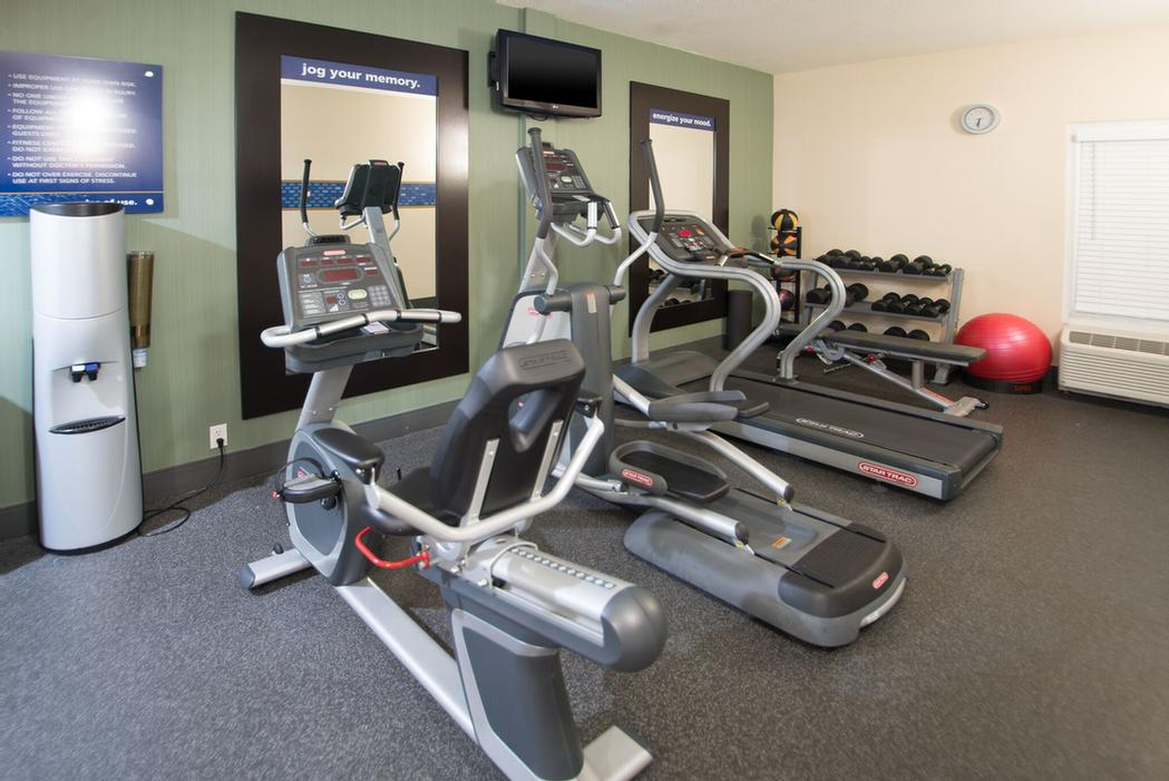 Hampton Inn Fitness Center 8 of 14