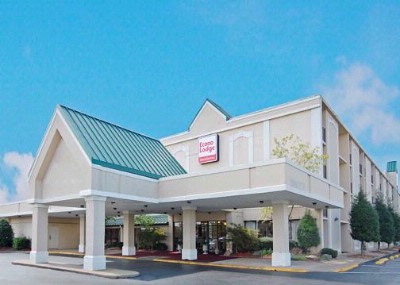 Econo Lodge & Suites Jackson Tn